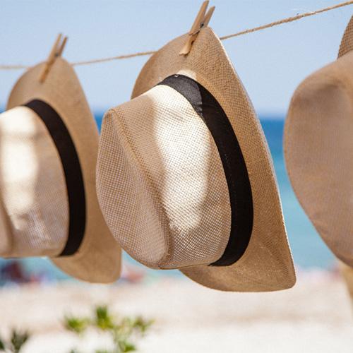 【帽子の臭い対策に】強烈な汗の臭いを消す方法-ニット帽・麦わら・レザー素材別に紹介